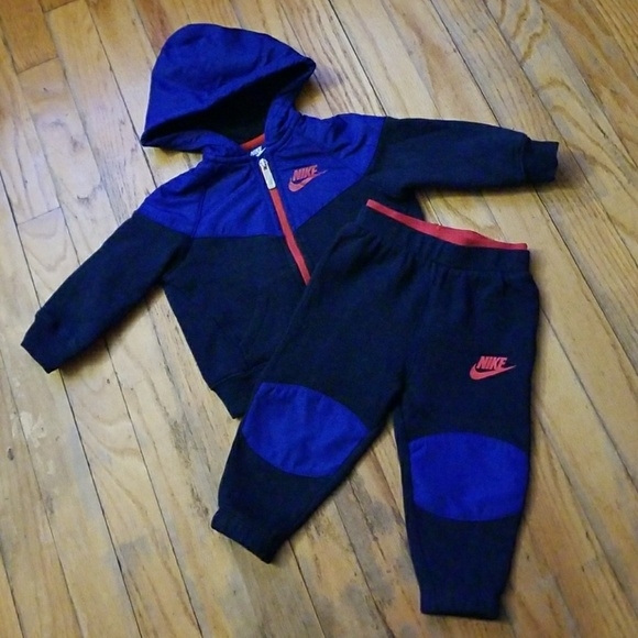 EUC: Nike Baby Boy Sweat Suit